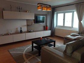 Apartament de închiriat 3 camere, în Targoviste, zona Ultracentral