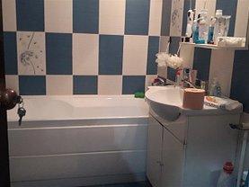 Apartament de închiriat 3 camere în Targoviste, Micro 12