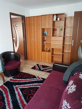 Etaj 1, micro 9 Targoviste ! Vanzare apartament 2 camere - imaginea 1