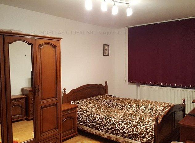 Vanzare apartament 3 camere, micro 12 Targoviste - imaginea 1