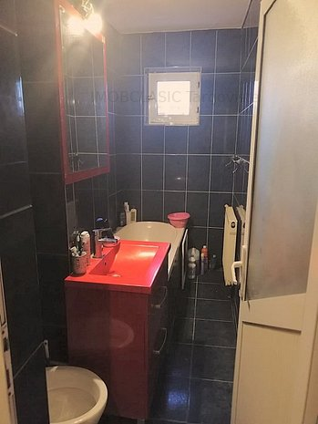 Vanzare Apartament 2 Camere, Etaj 3, Micro 11 Targoviste - imaginea 1