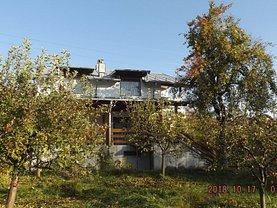 Casa de vânzare 7 camere, în Moroeni