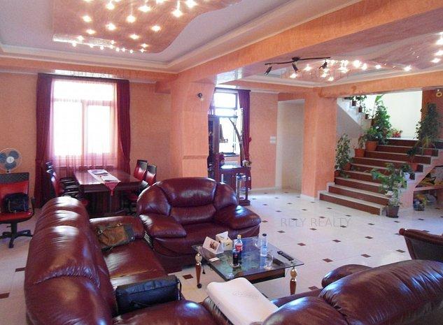 Penthouse - Proprietate deosebita - 5 camere - 3 etaje - Vedere panoramica oras - imaginea 1