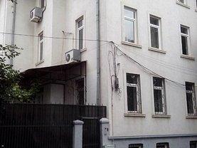 Casa de închiriat 15 camere, în Bucuresti, zona Stefan cel Mare