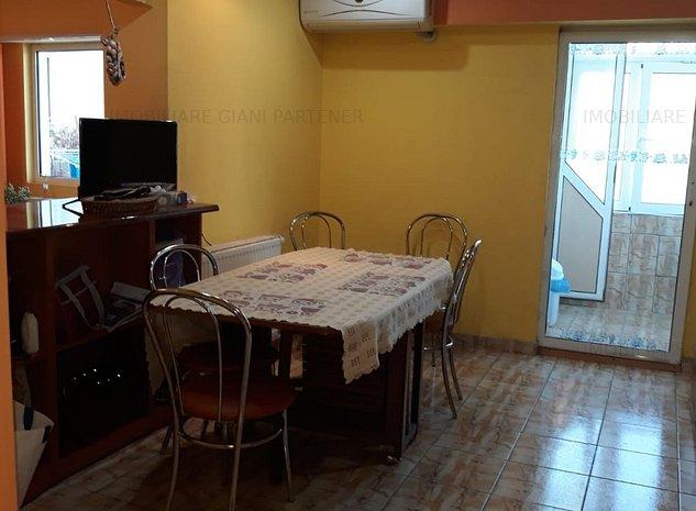 Apartament 3 camere renovat, mobilat, utilat - imaginea 1