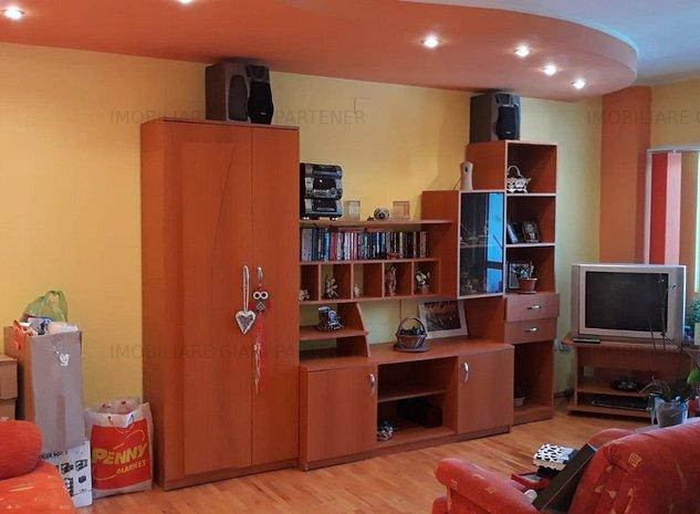Apartament 3 camere, renovat, mobilat, utilat - imaginea 1