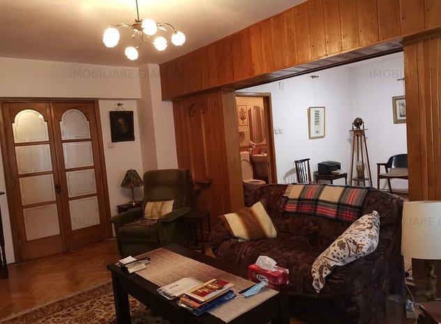 Apartament 4 camere decomandat Et.2 - imaginea 1