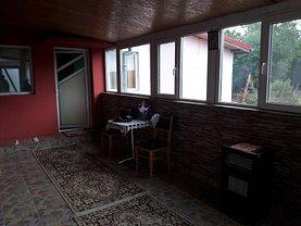 Casa de vânzare 5 camere, în Gura Calnaului