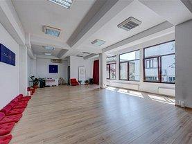 Casa de închiriat 7 camere, în Bucuresti, zona Casin