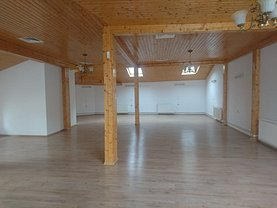 Casa de vânzare sau de închiriat 15 camere, în Bucuresti, zona Armeneasca