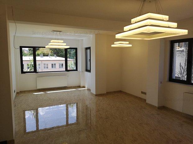 KISELEFF - Casa Doina cladire lux intre 150 - 700 mp pretabila clinica - imaginea 1