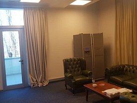 Casa de închiriat 15 camere, în Bucuresti, zona Mosilor