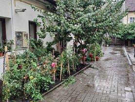 Casa de închiriat 4 camere, în Cluj-Napoca, zona Central