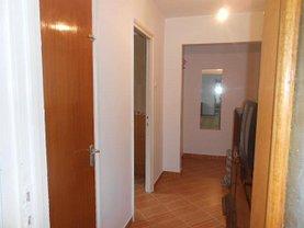 Apartament de vânzare 3 camere, în Bucuresti, zona Camil Ressu