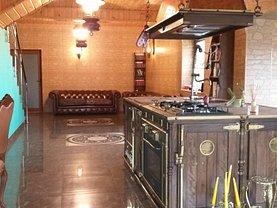 Casa de vânzare 5 camere, în Poiana