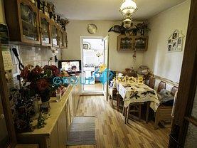 Apartament de vânzare 3 camere în Bacau, Zimbru