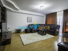 Apartament de vânzare 3 camere în Bacau, Banca Nationala