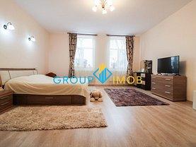Casa de vânzare 7 camere, în Bacău, zona Central