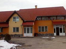 Casa de închiriat 5 camere, în Purcareni