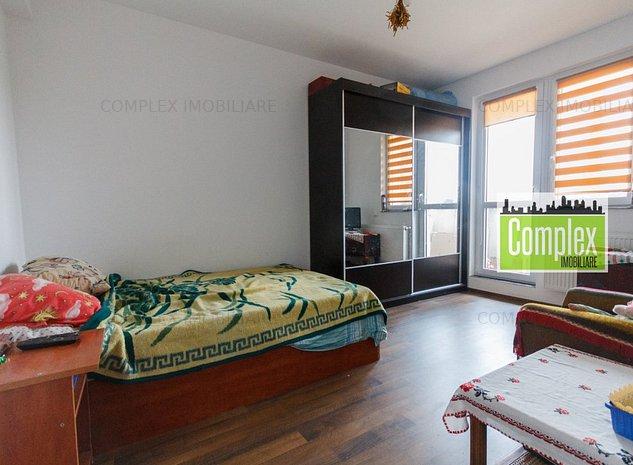 Apartament de 3 camere , semidecomandate . - imaginea 1