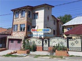 Casa de vânzare 7 camere, în Ştefăneşti, zona Central