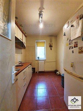 Apartament 3 camere- Spitalul Judetean - imaginea 1