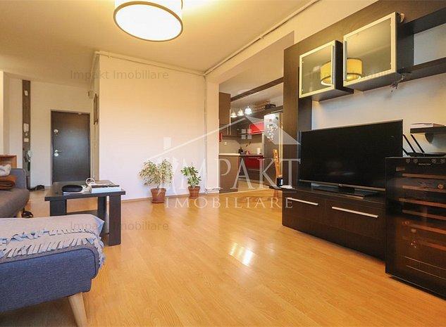 Apartament cu 3 camere cu priveliste frumoasa!   - imaginea 1