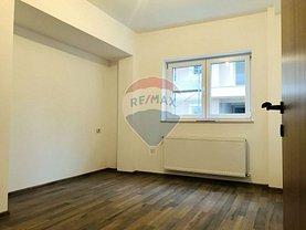 Apartament de vânzare 2 camere, în Brasov, zona Tractorul