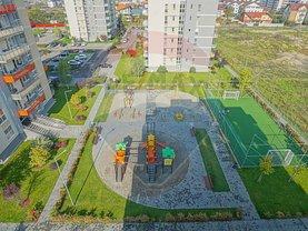 Apartament de vânzare 6 camere, în Braşov, zona Avantgarden