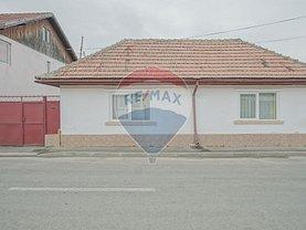 Casa de vânzare 5 camere, în Cristian