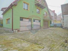 Casa de vânzare 8 camere, în Săcele, zona Ştefan cel Mare