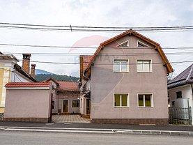 Casa de vânzare 9 camere, în Codlea, zona Central