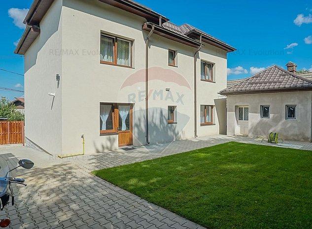COMISION 0%! Vila individuala nou renovata cu 7 camere, Baciu Sacele - imaginea 1