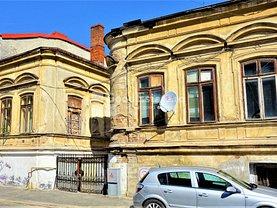 Casa de vânzare 17 camere, în Bucureşti, zona P-ţa Unirii