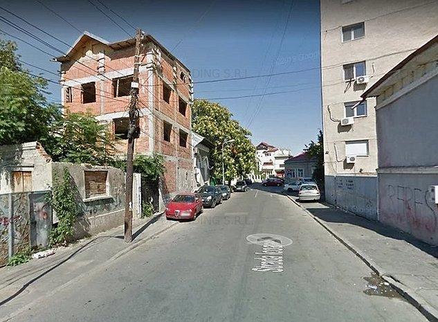 Teren de Vanzare Profil Stradal, str. Icoanei 111 intersectie cu Vasile Lascar. - imaginea 1