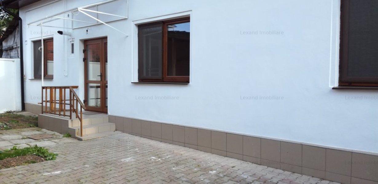 De inchiriat, casa in zona Centrala - imaginea 1