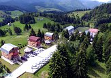 Hotel/pensiune 3.500 mp, Fundatica