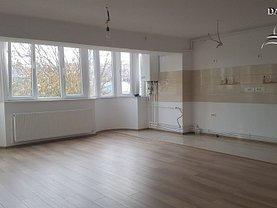 Apartament de vânzare 3 camere, în Galati, zona Mazepa 2
