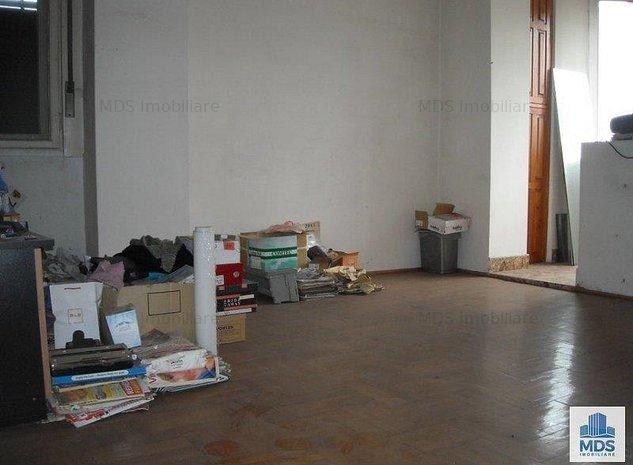 3 camere, etaj 1, decomandat zona Dorobanti! - imaginea 1