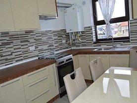 Apartament de închiriat 3 camere în Ghimbav, Central