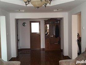 Apartament de vânzare 4 camere, în Braşov, zona Nouă
