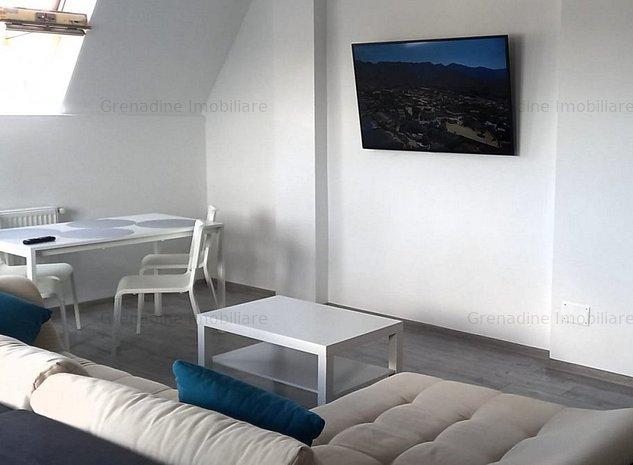 Apartament cu 3 camere în Tractorul - Penthouse cod 8501 - imaginea 1