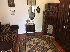 Casa de vânzare 4 camere, în Slanic, zona Central
