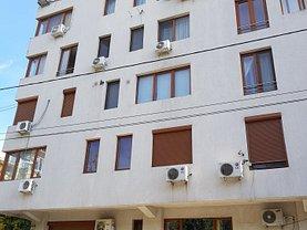 Penthouse de vânzare sau de închiriat 7 camere, în Bucuresti, zona Barbu Vacarescu