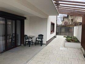 Casa de vânzare 6 camere, în Dobroesti