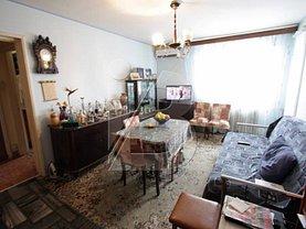 Apartament de vânzare 4 camere în Bucuresti, Dristor