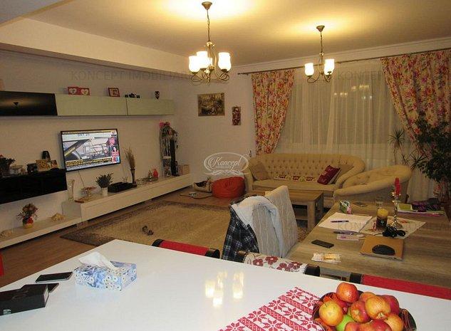 Apartament cu 4 camere in cartier Andrei Muresanu - imaginea 1