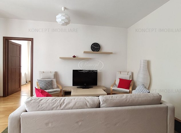 Apartament cu 3 camere ultracentral - imaginea 1