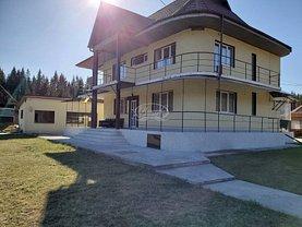 Casa de vânzare 9 camere, în Smida