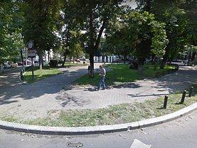 Casa de vânzare 10 camere, în Bucureşti, zona Universitate